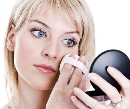 Как пользоваться пудрой – советы косметолога