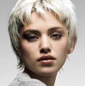 укладка коротких волос3