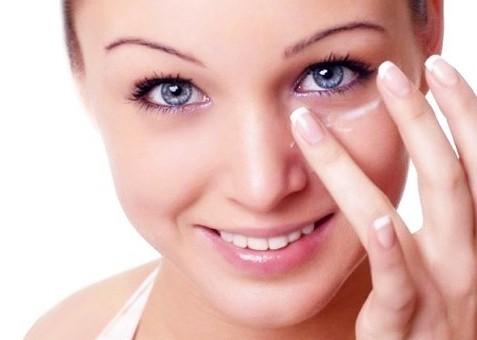 Как правильно выбрать крем для век от морщин